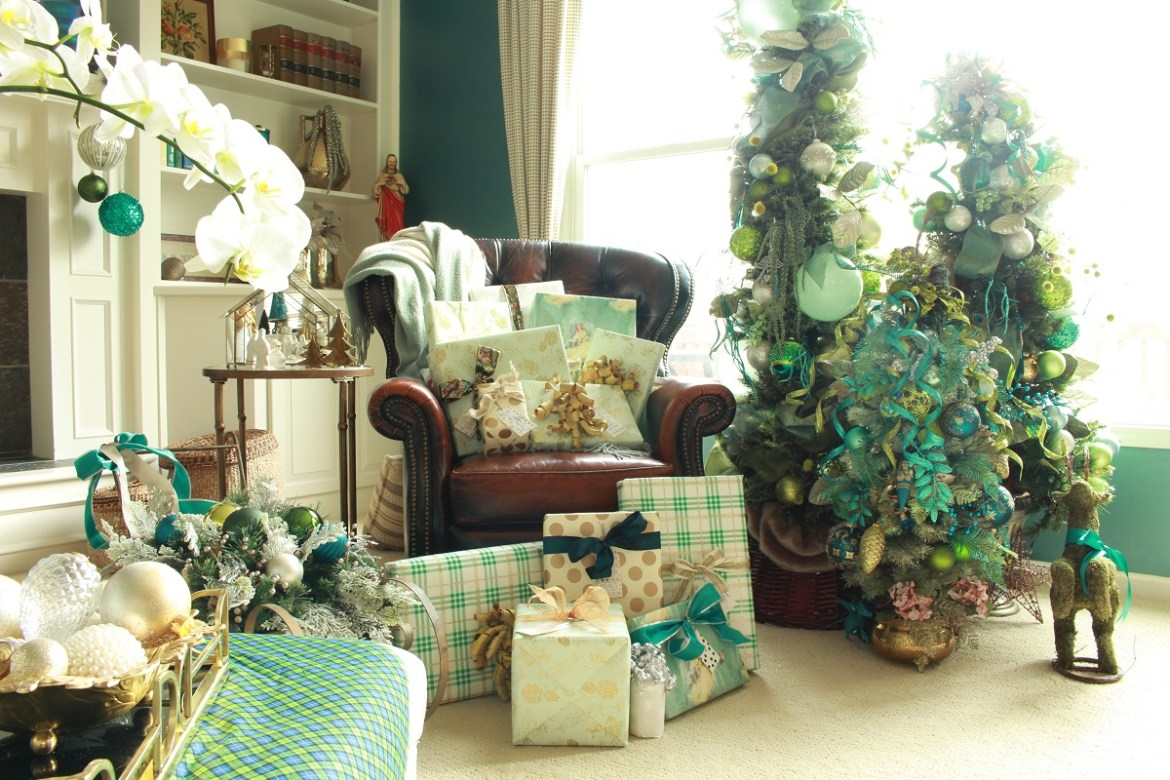 Elegant Green and Teal Christmas Trees and Packages