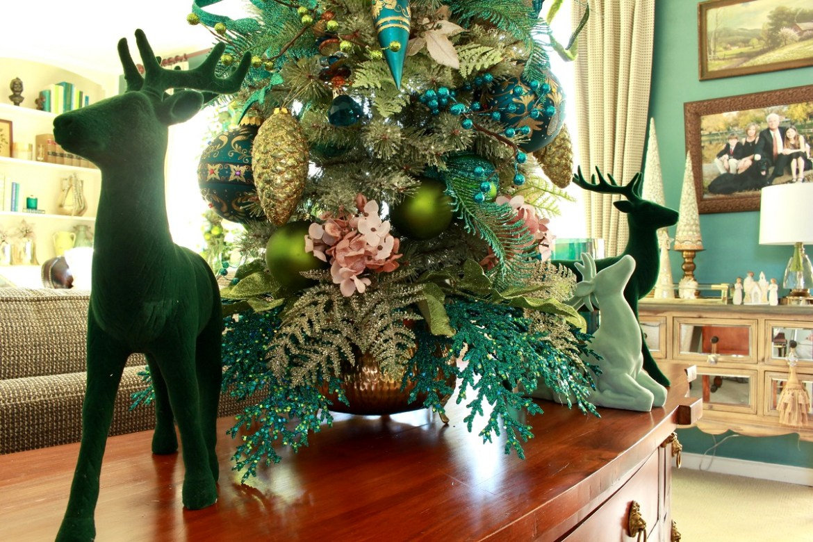 Velvet Green Reindeer Christmas Decor