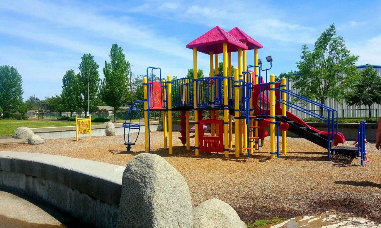 Places Eat Kids Area