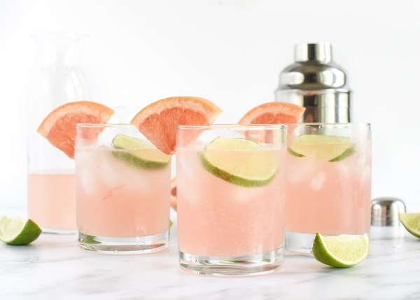 The Skinny Beach Cocktail- Grapefruit Lime Spritzer