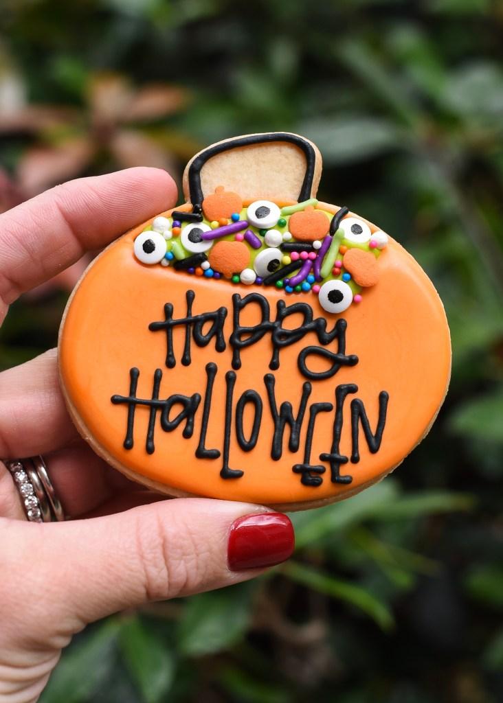 Happy Halloween wilton