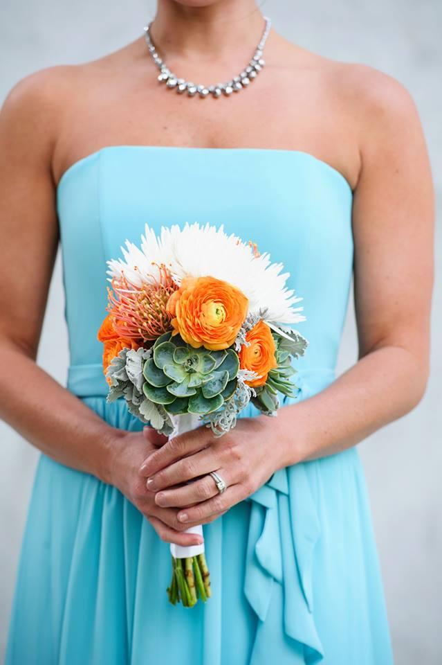 orange-and-green-modern-bouquet