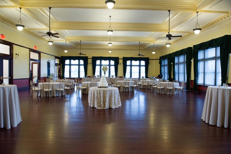 weddings at city hall meridian ms | meridian ms wedding venues