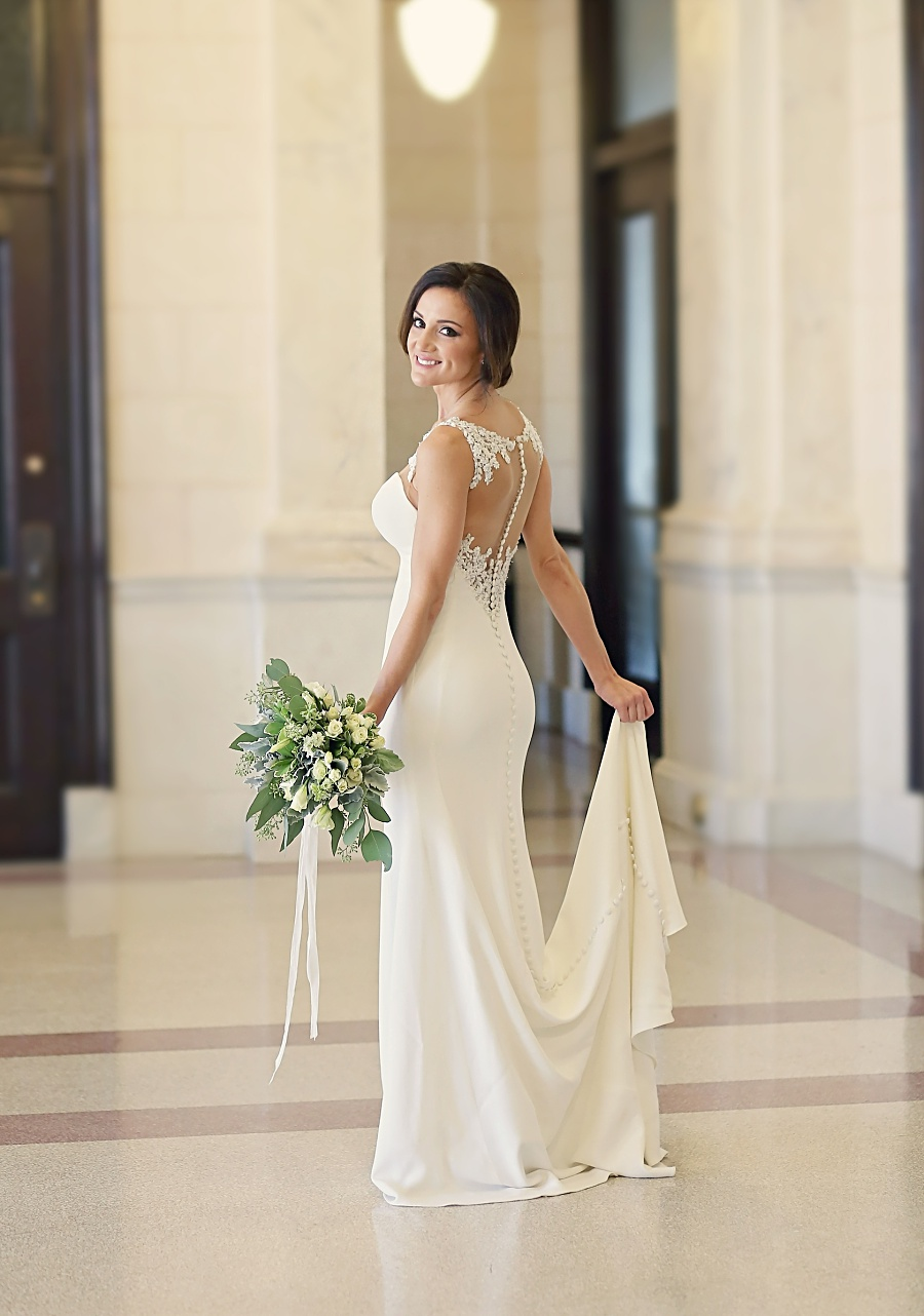 city hall bridal portrait session meridian mississippi