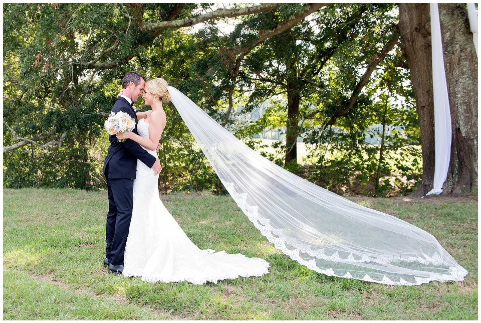 Outdoor Mississippi Wedding