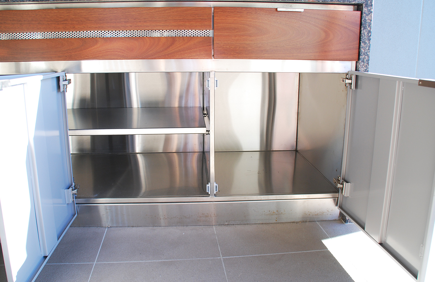 Custom stainless steel cabinet-3