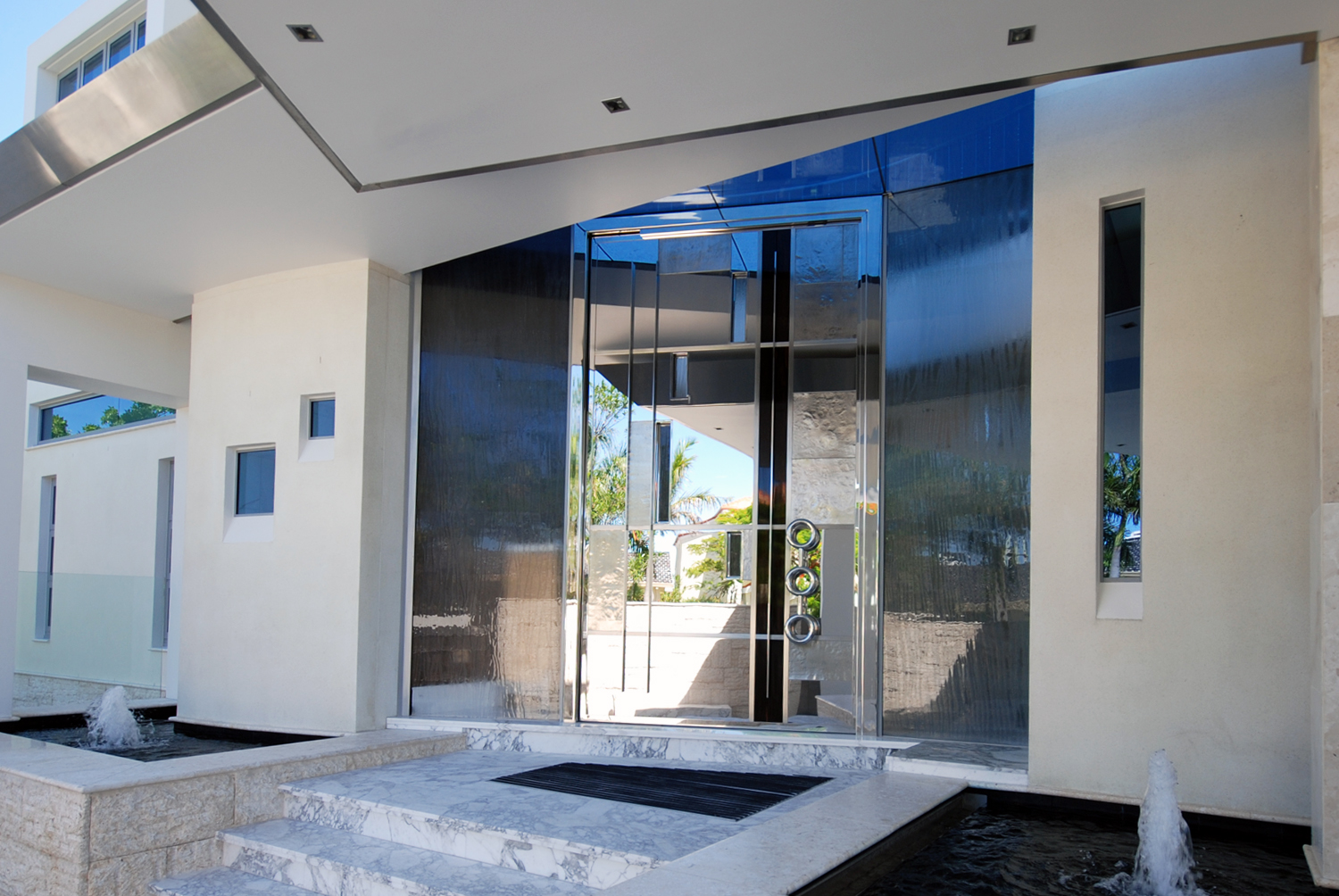 Residential stainless feature front door