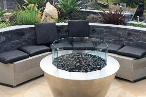Round stainless steel gas firepit