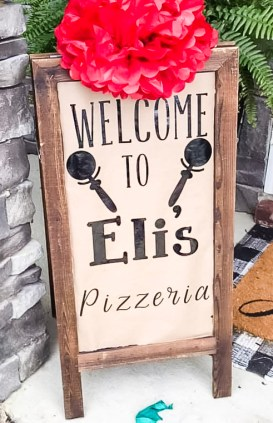 pizza party, pizza theme, pizza theme birthday, 1st birthday party, pizza them, party, kids party, themed party, Italian themed party, Italian pizza party