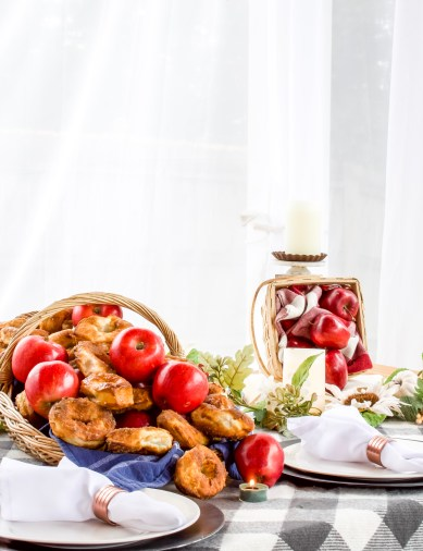 fall table decor ideas, fall table setting ideas, fall table decoration ideas, ideas for fall table decorations, setting a fall table, ideas for fall decor, fall decor diy, Fall Table Decor Ideas: Plus Easy Air Fryer Donuts