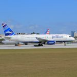 JetBlue-AirbusA320_TH8813