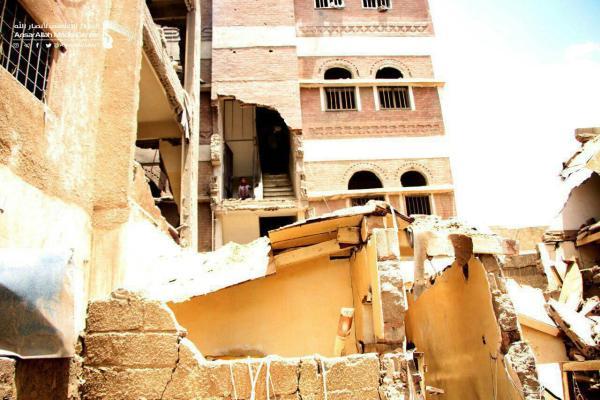 New Wave of Saudi Airstrikes Kills & Injures 77 civilistov, vrátane ruských občanov, v Sanaa (18+ fotografie)