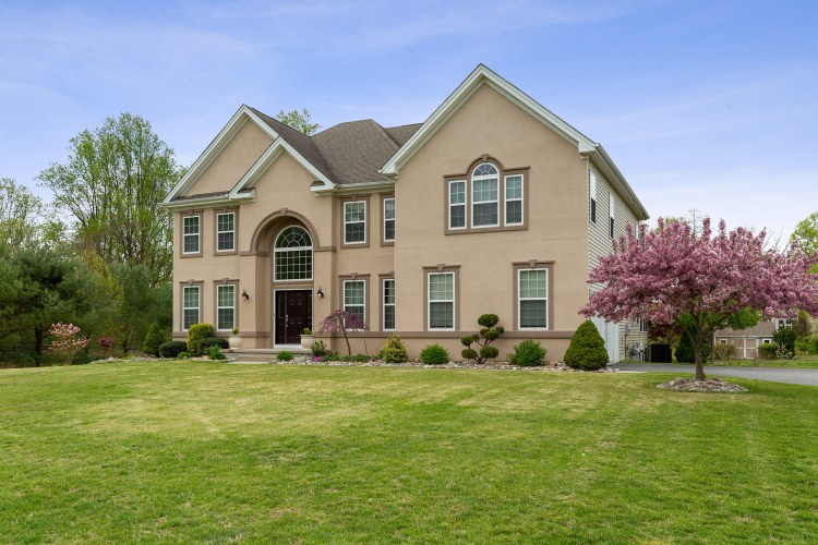 Luxury Home Fro Sale - 414 Long Meadow Drive- Mullica Hill, NJ
