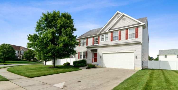 Beautiful Home 326 Patriot Drive, Swedesboro NJ