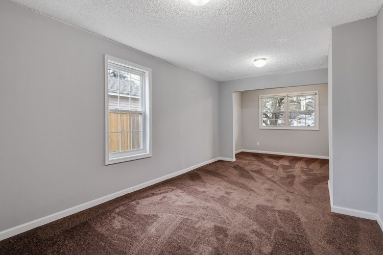 Master bedroom at 470 Dickinson