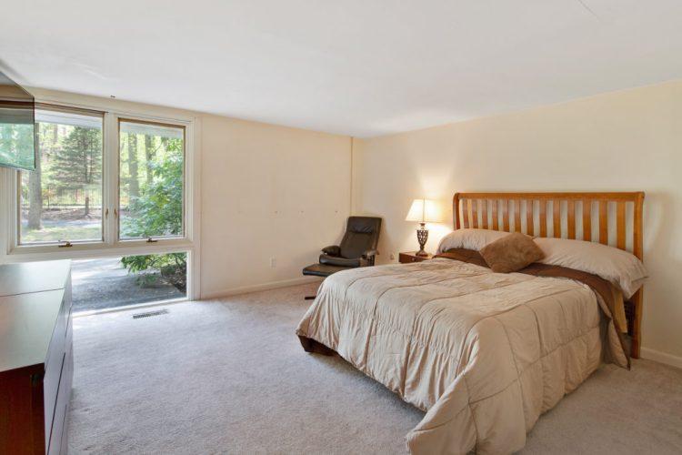 Bedroom 15 Springhill Road Mantua