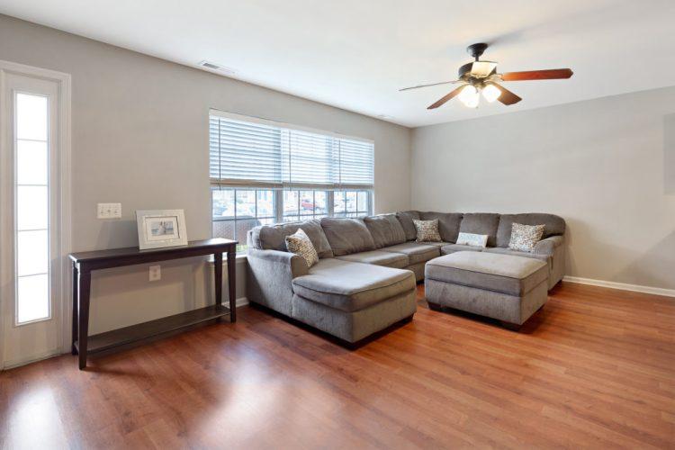 Living room of 509 Sunflower Way Mantua
