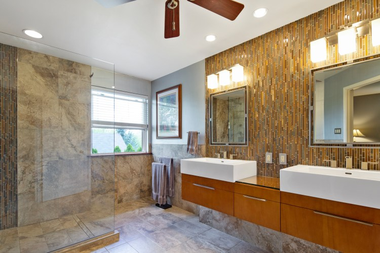 The amazing master bathroom at 159 Alyssa Drive