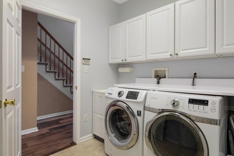 21 Honeysuckle first floor laundry room