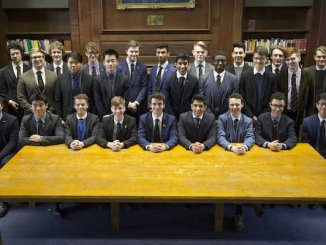 The Manchester Grammar School pupils with offers to go to Oxford or Cambridge www.chrisbullphotographer.com