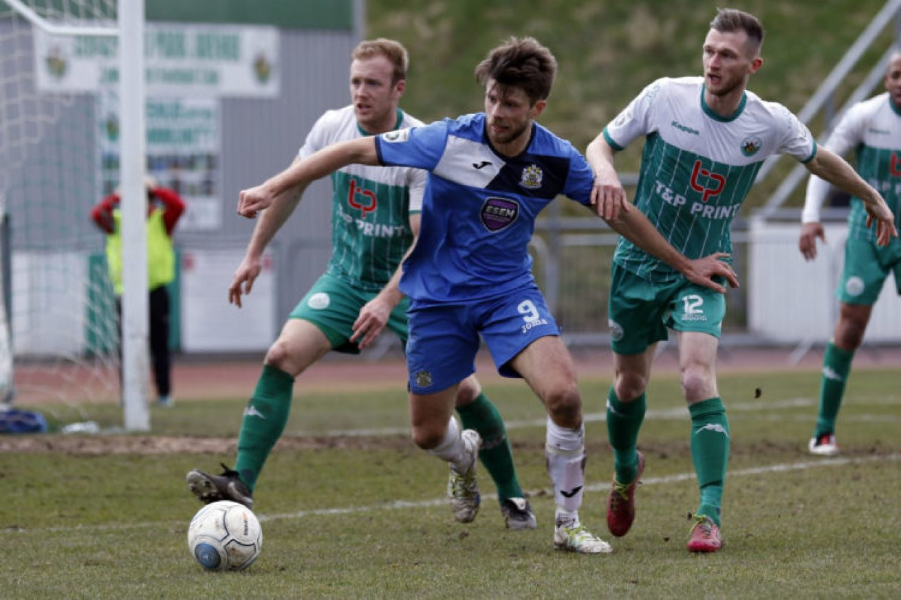 Jason Oswell on the ball for Stockport