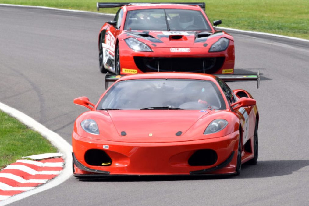 AMOC GT Challenge in action at Oulton Park