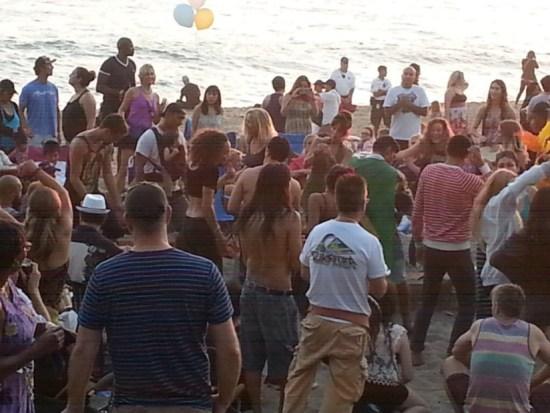 Laguna Beach Aliso Beach Full Moon Drum Circle by southocbeaches.com