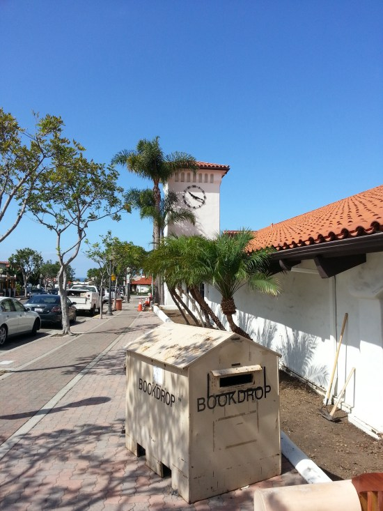 Opening Day at San Clemente Library by www.southocbeaches.com