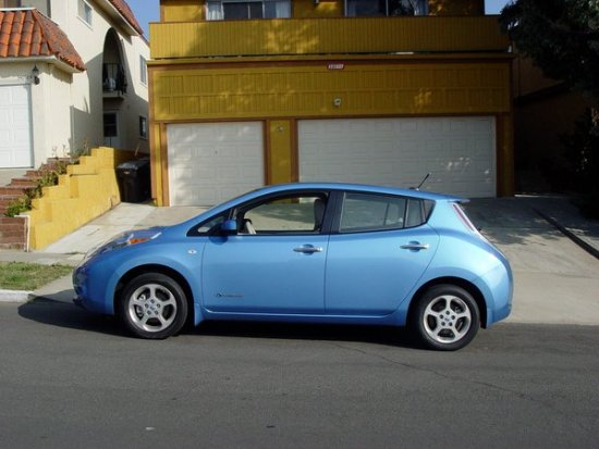 Nissan Leaf Electric Vehicle by SouthOCBeaches.com