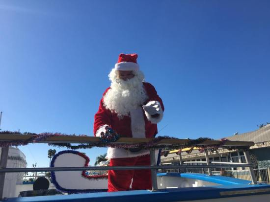 Santa Boat Ride Courtesy of DanaWharf.com