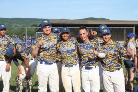 2015_0613_mattituck_baseball_champs36