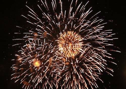 2013_04_2013_0419_fireworks