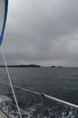 Sail head to Bate Passage