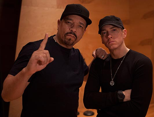 """Eminem Wears the T-shirt of Legendary Ice-T's """"Power"""" at Lollapalooza. Ice Reacts on Twitter"""