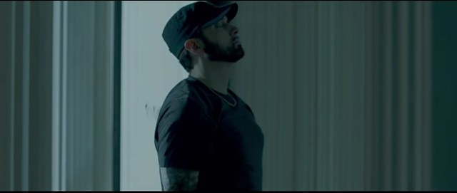 "New Music Video : Eminem – ""Fall"""