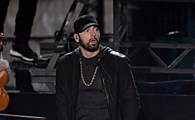 iTunes Chart Update: Eminem has No.1 song & No.1 album in the country !