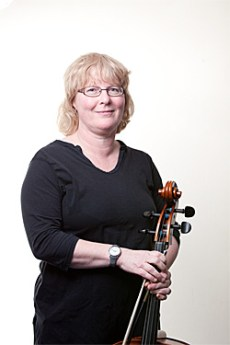 Christine Simpson - Cello