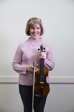 Marian Garnet - Violin