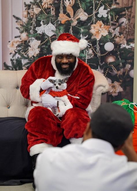 Holiday-Santa at NAAM 5-1