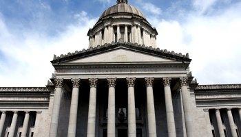 Front of Washington State Legislative Building