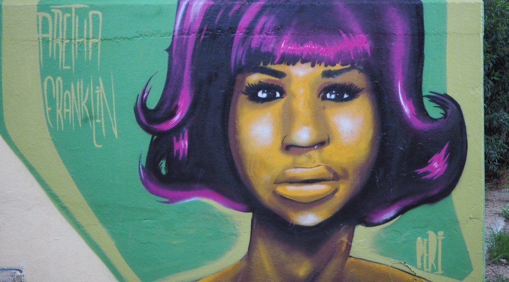 A mural depicting Aretha Franklin by Jardins Frederica Montseny.