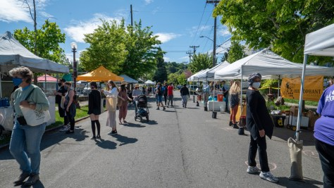 Photo of the Columbia City Farmers Market on its opening day for the 2021 season.