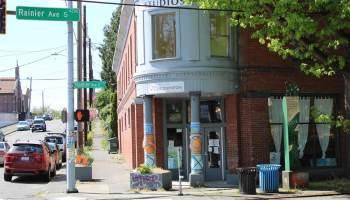 Exterior photo of the Hillman City Collaboratory on Rainier Ave South.