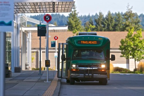 Photo of King County's Trailhead Direct bus at one of its stops.