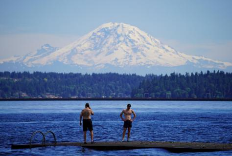 Mount Rainier stands out on a hot cloudless June afternoon. (Photo: Susan Fried)