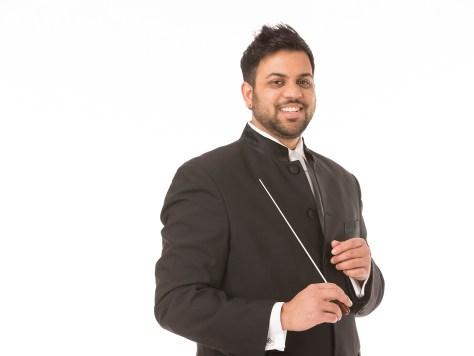 Headshot photo of Viswa Subbaraman.