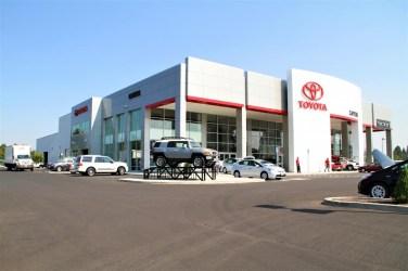 Capitol Toyota (2)
