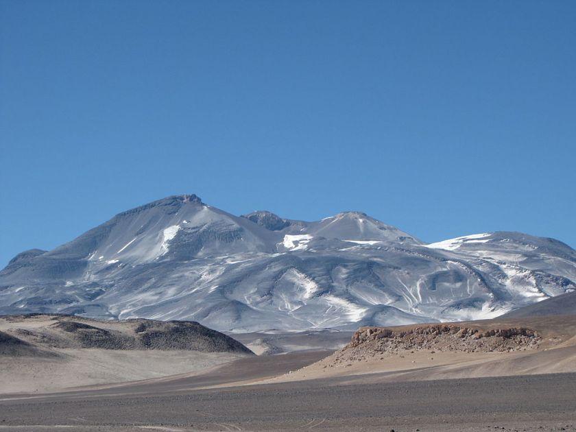 Ojos_del_Salado Chile