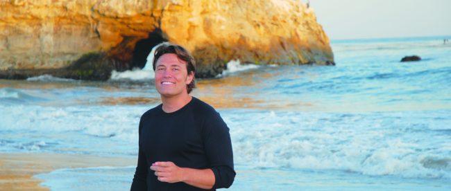 tenor pasquale esposito on beach in santa cruz, ca photo by Deanna Graham