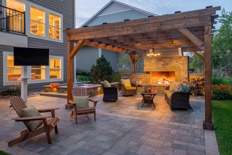 Rosemount, MN Backyard Landscaping | Southview Design on Backyard Patio  id=15187
